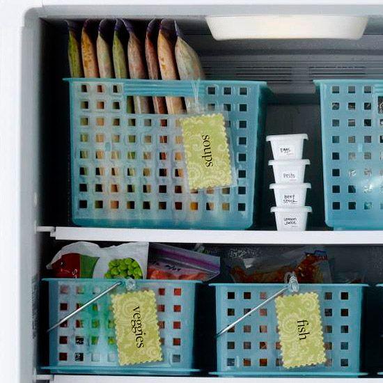 etiquettes dans le régrigérateur