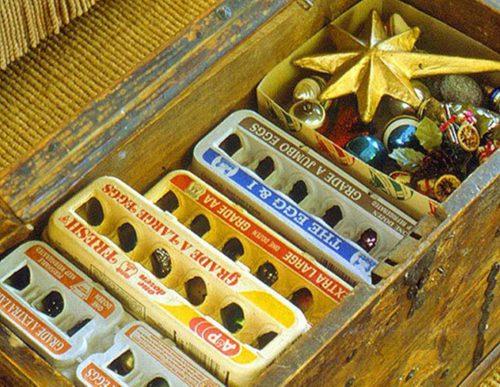 ranger décoration noel dans boite oeufs