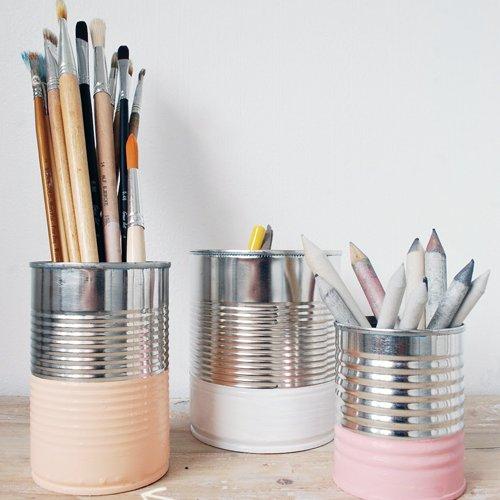 boite de conserve recyclé en pot à crayons