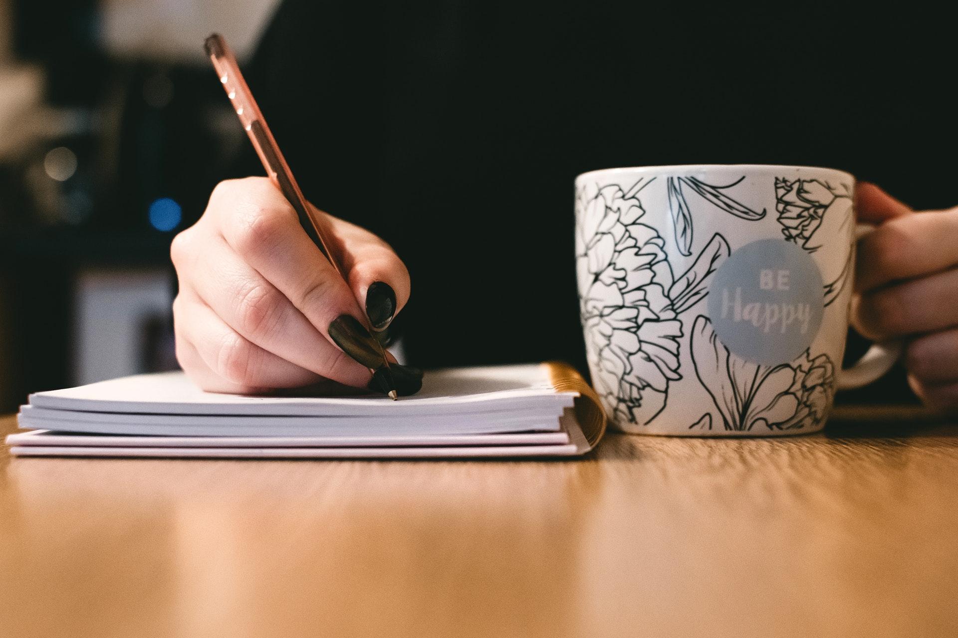 Pour rester motivé, je vous recommande de mettre par écrit vos objectifs et votre plan d'action.